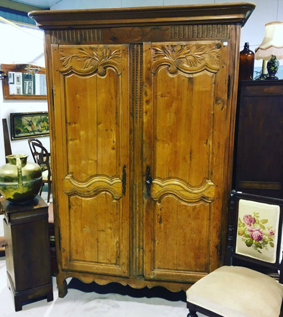 Armoire orme